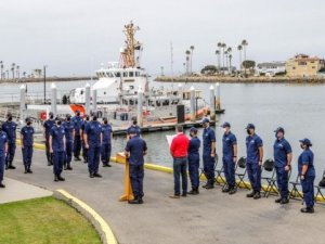 USCG Recognizes Port Hueneme Mariner for Assistance in Dive Boat Fire