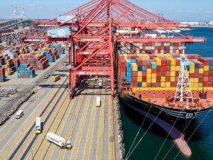 Ports of Long Beach and Los Angeles Set Records for Container Movement