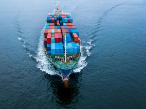 Despite Trump's Calls to Decouple, U.S. Companies Ship More From China Faster