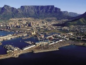 Cape Town Takes Steps to Ease Congestion as CMA CGM Imposes Surcharges