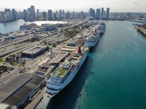 Rival Cruise Lines Create Panel to Advise for the Covid-19 Era