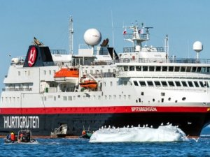 Hurtigruten Leads the Way With Accelerated Return to Cruising
