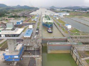 Panama Canal increases maximum draught for neo-panamax locks