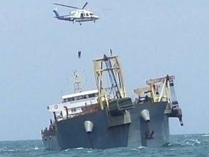 Cargo ship aground, crew evacuated, South China sea