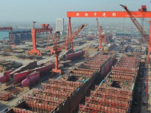 SITC orders up to 12 container vessels from Yangzijiang