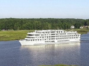 American Jazz the Third Modern American Riverboat Completes Trials