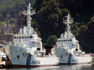 Japan Resumes Search for Crew of Missing Livestock Carrier