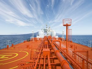 Total taps Hafnia and Viken for LNG-fuelled aframax newbuilds