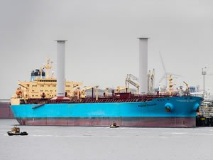 Newbuild Bulk Carrier to Get Tilting 'Rotor Sails'