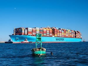 Storm-hit Maersk Essen reroutes to Mexico