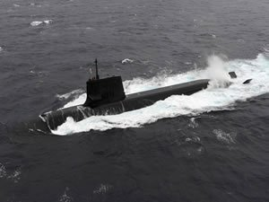 Japan submarine collides with private ship, no damage to the ship