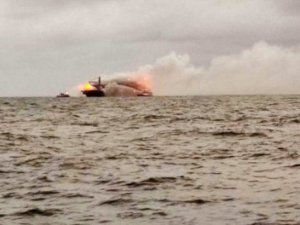 Fire erupts on boxship carrying 25 tons of nitric acid off Sri Lanka