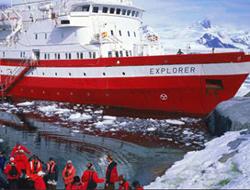 Antarctic cruise ship hits ice