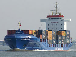 Sea freight index makes record fall