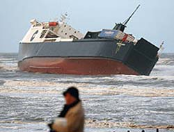 Ferry runs aground off Blackpool