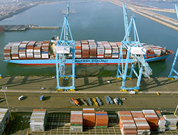 APM Terminals signs Vietnam