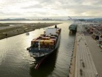 Port of Oakland Hustles to Handle Cargo Increase