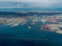 Problems stack up at US Pacific ports