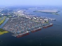 Bigger Ships Boost Container Volumes in South Carolina