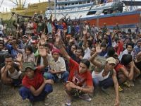 Australia, PNG hunt for 'slave' ships