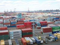 U.S. Ports in Consolidation Gamble