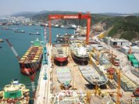 Hyundai Heavy Workers Stop Work over Wage Freeze