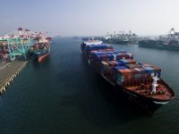 Drewry: Rigid Mega Boxships Causing Trickle-Down Effect