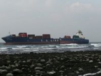 Taiwan Dealing with Major Oil Spill from Fractured TS Taipei Cargo Ship