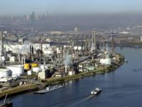 Section of Houston Ship Channel closed after chemical spill