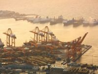 COSCO Says Piraeus Among Top 30 Ports in World by 2018
