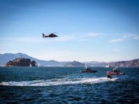 30 Rescued After Sailboat Capsizes in San Francisco Bay