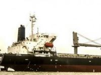 Stricken Bulker Under Tow off Cape Town, Crew Evacuated