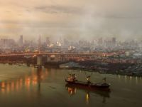 Air Pollution Halts Port of Tianjin's Dry Bulk Cargo Ops