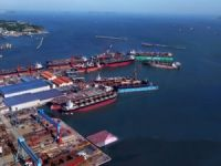 China COSCO to Buy Its Unit's Shipyards
