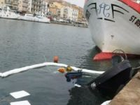 Three fishing trawlers collided in port of Sete in France