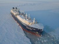 World's 1st Icebreaking LNG Carrier Joins Sovcomflot