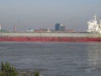 Panamax bulk carrier Lyric Poet ran aground in South China Sea