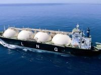 Pakistan, India imported 25m tons of LNG last year