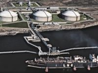 Japan's Mitsui OSK Lines eyes 11% stake in Swan LNG project