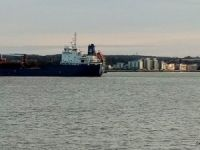 Tanker grounding on River Thames - later refloated