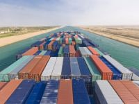 59 Ships Transit Suez Canal With Cargo of 3.7 Mln Tons