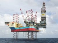 Maersk Drilling secures extensions for jackup pair