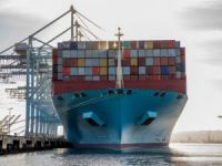 Maersk Containership Sets Cargo Handling World Record at Port of Los Angeles