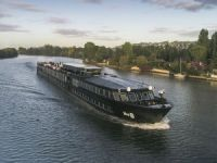 New River Cruise Brand Targets Young People