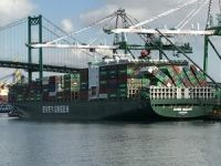 MV Ever Smart Arrives in Los Angeles with Toppled Containers