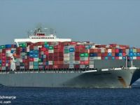 Large Containership Breaks Free from Mooring at Boston Terminal