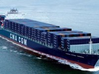 French shipping line to refund clients fully for losses in transit