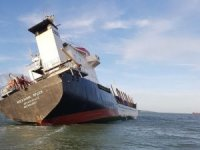 UK Authorities Assisting Russian Cargo Ship with Significant List in the Solent