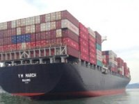 Diana Containerships Sells Two Post-Panamax Container Vessels