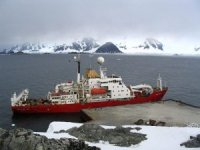 Antarctic Sea Ice Forces Research Ship to Turn Back